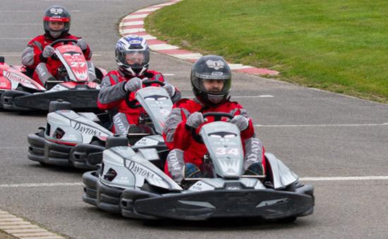 Teambuilding karting